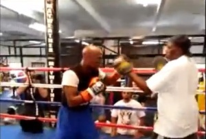 FLOYD MAYWEATHER HITS THE MITTS IN PREPARATION FOR CANELO